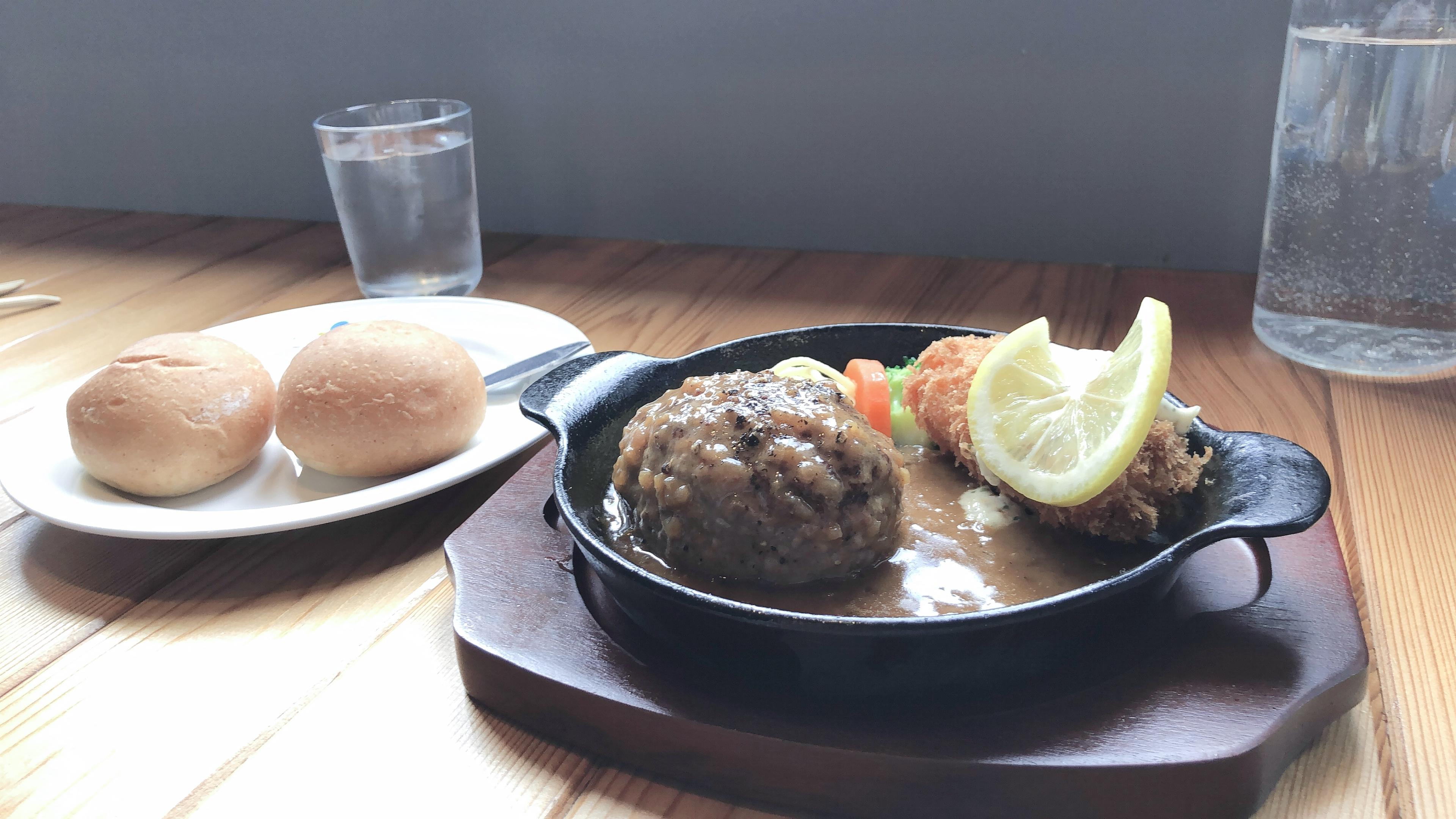 ハンバーグレストラン lala (ララ)の気まぐれランチ